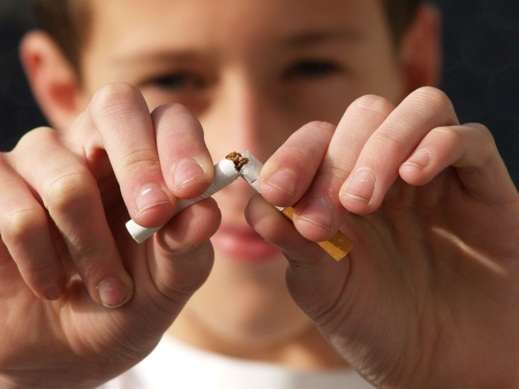Burlington NC Dentist | Tobacco & Your Teeth: The Risks of Chewing and Smoking